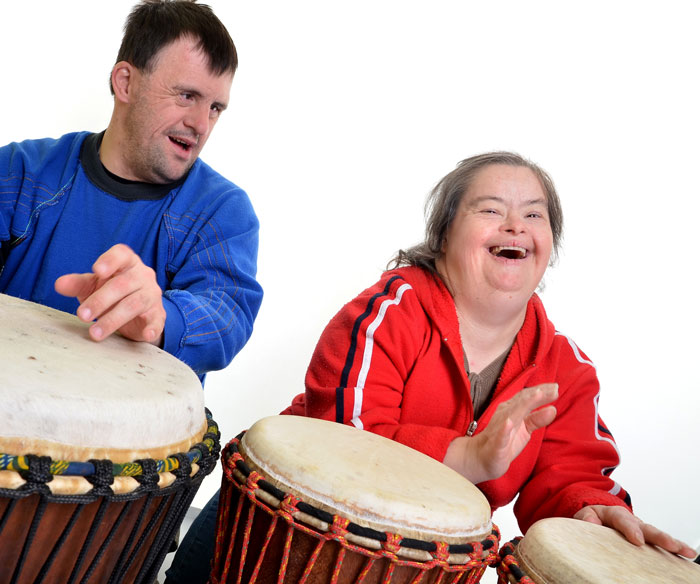 Optimized-adults-with-special-needs-drumming